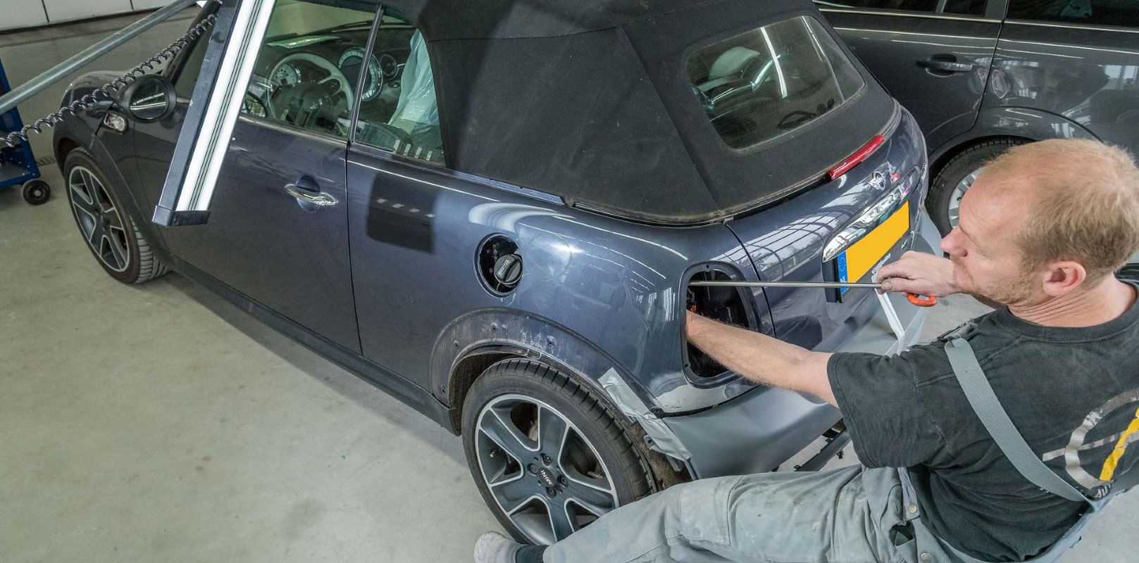 Autoschade Hartgerink - uitdeuken zonder spuiten